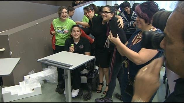 Hialeah Gardens Middle School Receives Standing Desks Miami News